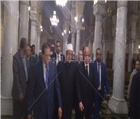 صور| وزير الاوقاف يفتتح أعمال تطوير ساحة مسجد السيدة زينب