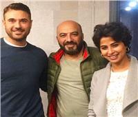 لأول مرة.. أحمد عز وروبي يقفان على المسرح في «مصباح علاء الدين»