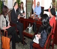 فريق «التخطيط» يتابع جولته للتعريف بجائزة «التميز الحكومي»