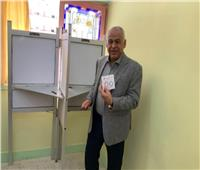 صور  رئيس نادي سموحة يشارك في الاستفتاء