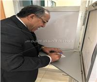 نقيب مهندسي القاهرة يشارك في الاستفتاء على التعديلات الدستورية