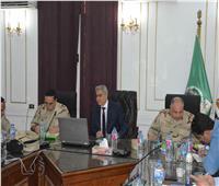 محافظ المنيا يترأس غرفة العمليات المركزية لمتابعة التعديلات الدستورية