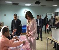 التعديلات الدستورية 2019  وزيرة الهجرة تدلي بصوتها في الاستفتاء