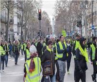 إطلاق الغاز المسيل للدموع على متظاهري السترات الصفراء في فرنسا