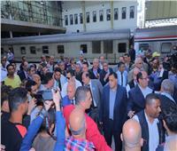 وزيرالنقل في جولة تفقدية بمحطة مصر لمتابعة العمل والخدمة المقدمة للركاب