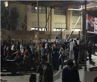 في أخر دقائق اليوم الأول للاستفتاء.. تواجد كثيف بلجنة المغتربين في مدرسة منشأة البكاري
