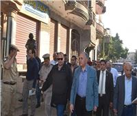 وزير الري ومحافظ الفيوم يتابعان مشكلة انسداد الصرف المغطى بقرية ترسا
