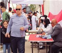 صور| «أمهات وأبناء وأحفاد» فى لجان الجامعة العمالية بمدينة نصر