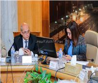محافظ دمياط ومدير الأمن يتابعان سير العملية الانتخابية لليوم الثاني