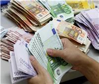 تراجع سعر اليورو والإسترليني أمام الجنيه المصري منتصف تعاملات الأحد