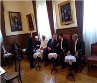 محافظ القاهرة يحضر قداس بطريركية الأرمن بمصر احتفالاً بعيد القيامة