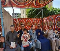إقبال الشباب وكبار السن على التصويت بالاستفتاء في قرية أبو شعرة بالمنوفية