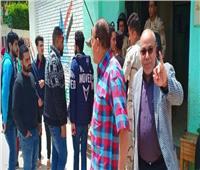 مسيرة لطلاب المعهد العالي بالزرقا لحث المواطنين على المشاركة في الاستفتاء