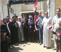 المسلمون والأقباط «إيد واحدة» أمام لجان الاستفتاء بالشرقية