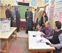 محافظ أسيوط يتفقد بعض لجان الاستفتاء بمركز القوصية