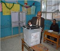 رئيس جامعة الفيوم يدلي بصوته في الاستفتاء على التعديلات الدستورية