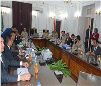 محافظ المنيا يتابع إجراءات إنشاء مشروع مدينة العمال