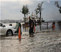 مسؤول: عدد ضحايا السيول في جنوب أفريقيا وصل لـ70 قتيلا