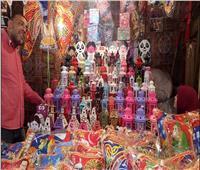صور| قبيل رمضان.. شوارع سوق المنشيةبالإسكندرية تتحول إلى كرنفال