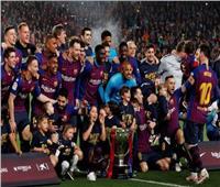 شاهد| احتفالات برشلونة باللقب الـ 26 في الليجا
