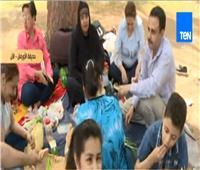 فيديو| الفسيخ والبصل الأخضر يسيطران على حديقة الأورمان بشم النسيم