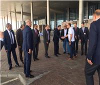 شاهد| وزير الطيران يتفقد مطار الغردقة في أعياد شم النسيم