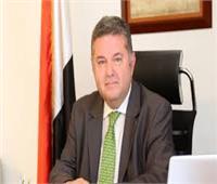 وزير قطاع الأعمال العام يهنئ عمال الشركات التابعة بمناسبة عيد العمال