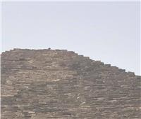 خاص  الآثار: القبض على متسلق الهرم الكبير