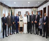 وكيل وزارة الإعلام الكويتية تستقبل رؤساء تحرير الصحف والمواقع المصرية