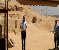صور| وزير الآثار يكشف عن «مقبرة مزدوجة» بالهرم ترجع للأسرة الخامسة