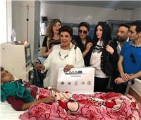 نجوم الفن يدعمون عبير صبري بمستشفى أبو الريش