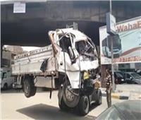 سقوط سيارة على وحدة مرور العجوزة.. ونقل المصابين لمستشفى إمبابة العام