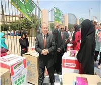 محافظ كفر الشيخ يوزع الأثاث والأجهزة على ٩١ عريسا وعروسة