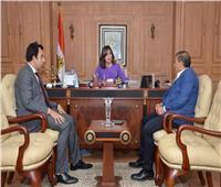 وزيرة الهجرة تستقبل رئيس غرفة الشركات السياحية