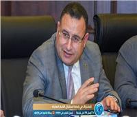 محافظ الإسكندرية يكرم أصغر روائي في مصر