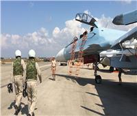 الجيش الروسي: مسلحون يقصفون قاعدة جوية روسية في سوريا
