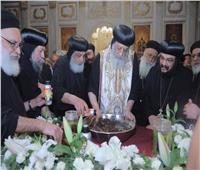 البابا تواضروس يصلي عشية مارمرقس بالإسكندرية