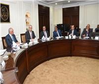 وزير الإسكان ومحافظ الجيزة يتابعان إعادة استخدام أرض مطار إمبابة