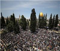 200 ألف فلسطيني يؤدون صلاة الجمعة الأولى من رمضان بالمسجد الأقصى