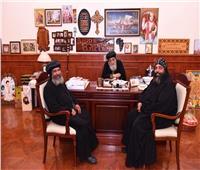 البابا تواضروس يستقبل أسقف ورئيس دير القديس الأنبا شنودة