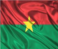 رهائن يقدمون التعازي في جنديين فرنسيين قُتلا خلال تحريرهم في بوركينا فاسو