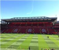 """صور: ملعب """"الأنفيلد"""" جاهز لقاء ليفربول و وولفرهامبتون"""