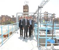 محافظ الجيزة يتابع تجارب التشغيل الأولية لمحطة مياه جزيرة الدهب