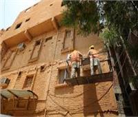 محافظة القاهرة يعترف بالتقصير في طلاء واجهات المنازل