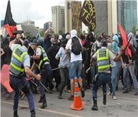 اشتباكات بين الشرطة وآلاف الطلاب على خفض ميزانية الجامعات بالبرازيل