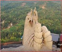 شاهد| أكبر تمثال لطائر أسطوري في العالم
