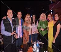 صور| نيللي وهالة صدقي ونهال عنبر على مائدة سحور عمرو جمعة