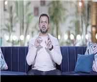 مصطفى حسني: 3 طرق تساعدك في المواظبة على الصلاة