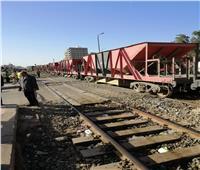 عودة حركة القطارات على خط القاهرة الإسكندرية بعد رفع العربات عن القضبان