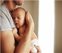 دراسة تحذر الرجال من الإنجاب بعد سن الأربعين